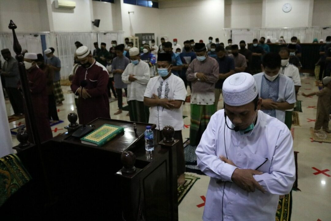 Lanud Rsn Gelar Shalat Ghaib Dan Doa Bersama Untuk Crew KRI Nanggala 402