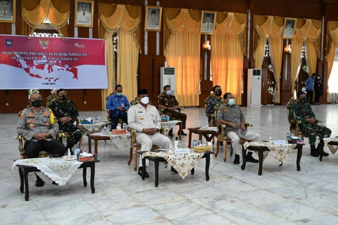 Komandan Lanud Sjamsudin Noor Ikuti Conference Secara Virtual di Gedung Maligai Pancasila