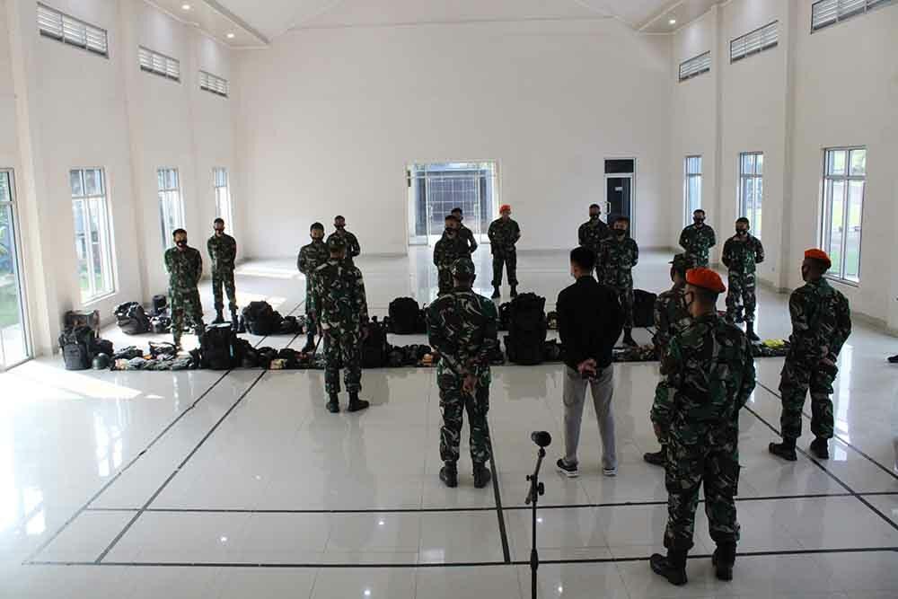 Pengarahan dan Pemberian Buku Saku Babinkum TNI Kepada Batalyon Komando 461 Paskhas