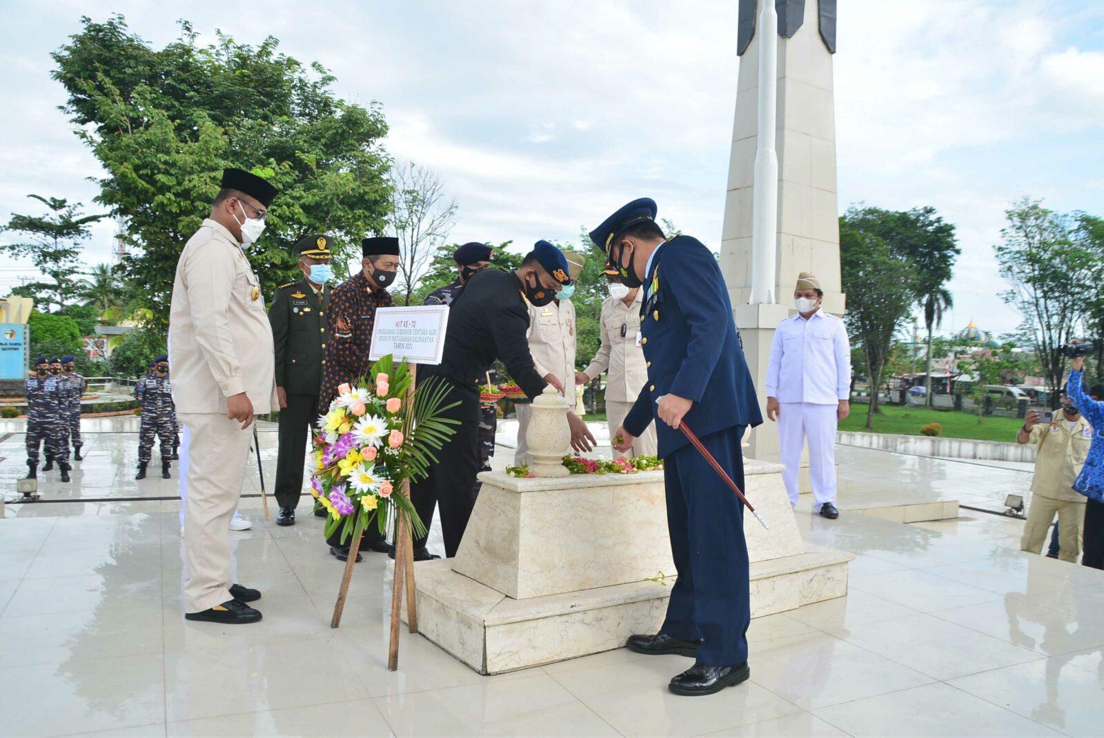 Peringatan HUT ke 72 Proklamasi Gubernur Tentara ALRI Divisi IV Pertahanan Kalimantan Tahun 2021 di Kalimantan Selatan