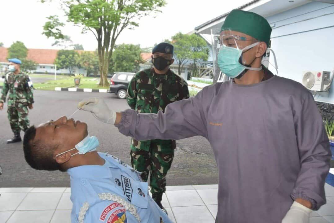Antisipasi Penyebaran Covid 19, pasca Hari Raya Idul Fitri Lanud Husein Sastranegara laksanakan Tes Antigen.