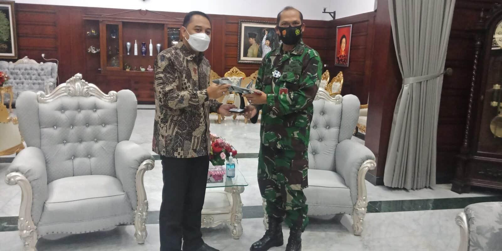 Kunjungan Danlanud Muljono ke Pemkot Surabaya