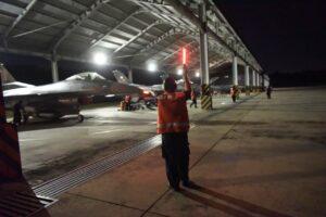 Skadron Tempur Lanud Rsn Gelar Terbang Malam