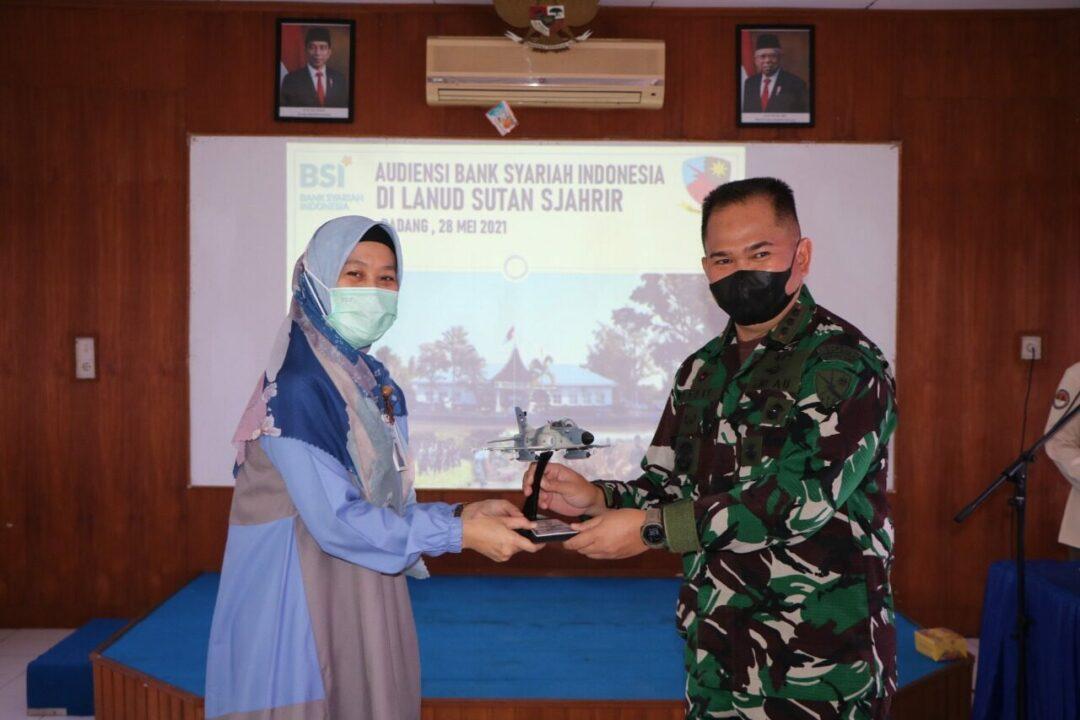 Audiensi Bank Syariah Indonesia di Lanud Sutan Sjahrir