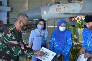 Jelang Hari Bhakti TNI AU 2021, Pangkoopsau II Berikan Tali Asih kepada Purnawirawan TNI AU
