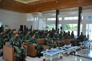 Kunjungan Kerja Wakasau di Lanud Sultan Hasanuddin