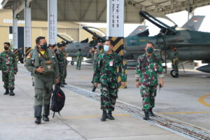 Jelang Latma Cope West 2021, 1 Flight F-16 Skadud 3 Mendarat di Pekanbaru
