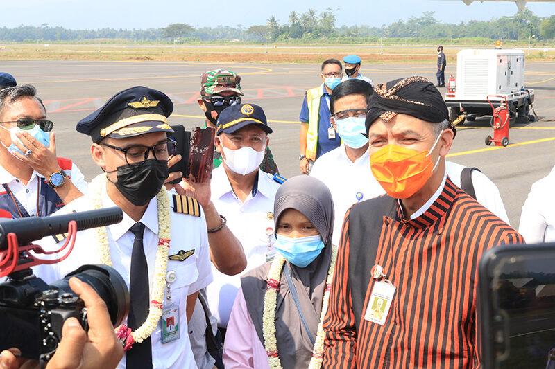 Penerbangan Komersial Perdana Bandara J.B. Soedirman