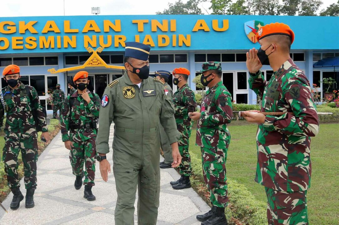 Danyonko 462 Paskhas Turut Serta Menyambut Kedatangan Kasau Di Lanud Roesmin Nurjadin Pekanbaru