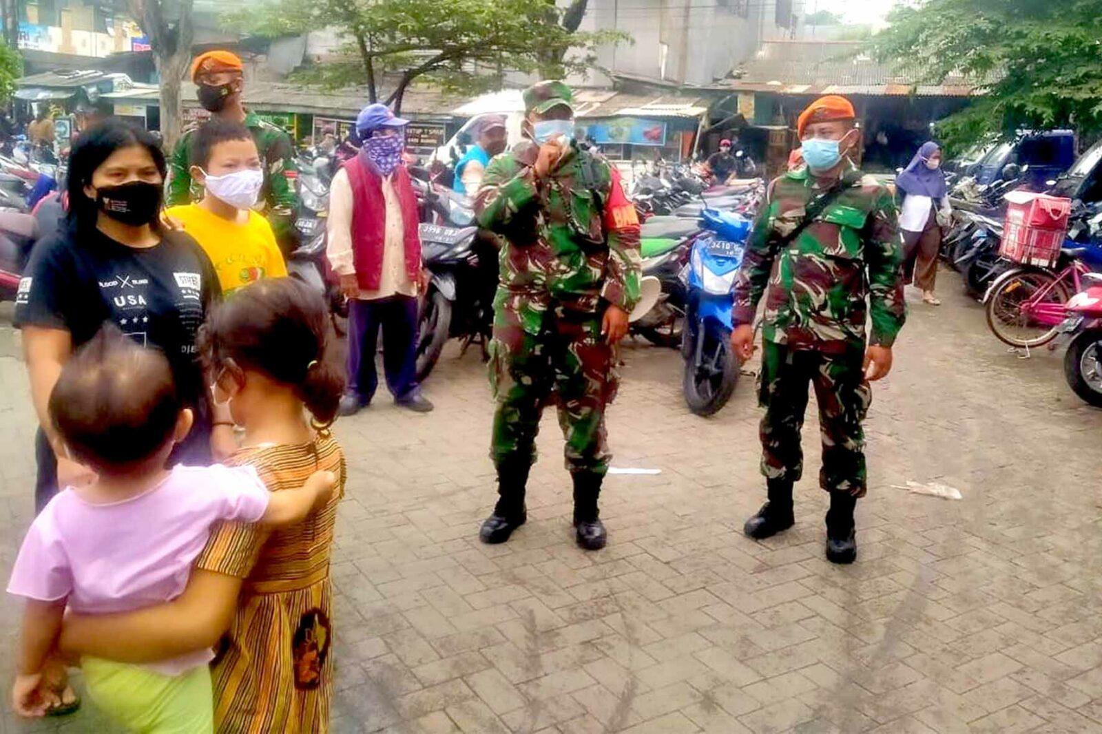 Prajurit Yonko 461 Paskhas Berkiprah Pada Pemberlakuan Pembatasan Kegiatan Masyarakat (PPKM) Di Wilayah DKI Jakarta