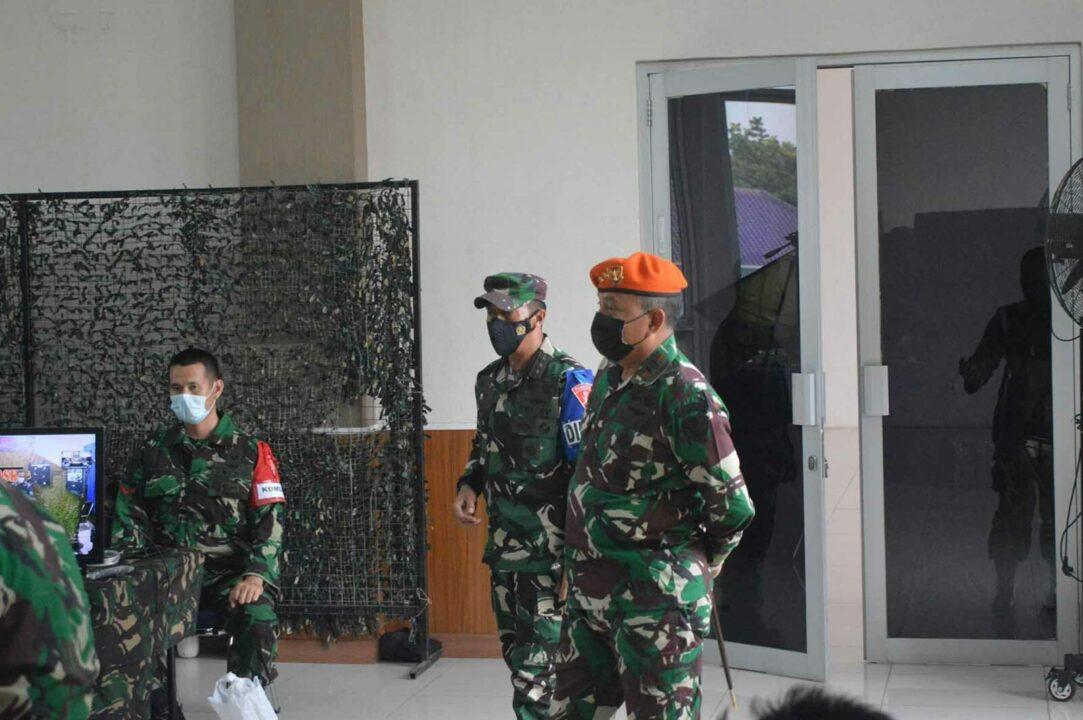 "Batalyon Komando 467 Paskhas Ikuti Geladi Posko Latihan Antar Satuan Tingkat Koopsau I ""Jalak Sakti"" Dan Latihan Tingkat Wing I Paskhas ""Hardha Marutha"" Tahun Anggaran 2021"