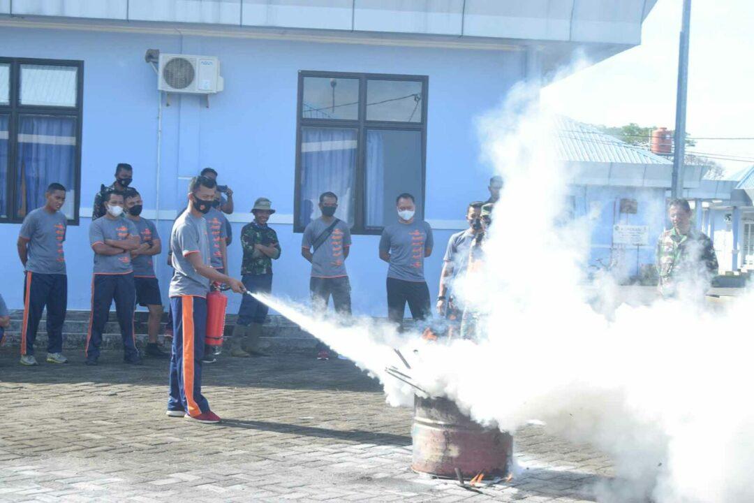 Prajurit Yonko 467 Paskhas Apel Gelar Pasukan TNI-Polri Penegakan Disiplin Protokol Kesehatan & Penerapan PPKM Skala Mikro