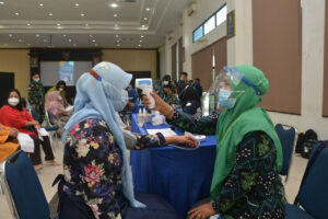 Lanud Supadio Lakukan Vaksinasi ke Anggota Keluarga Prajurit
