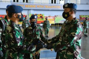 "Letkol Pnb Bambang ""Stinger"" Baskoro Adi Komandan Skadron Udara 11 Yang Baru"