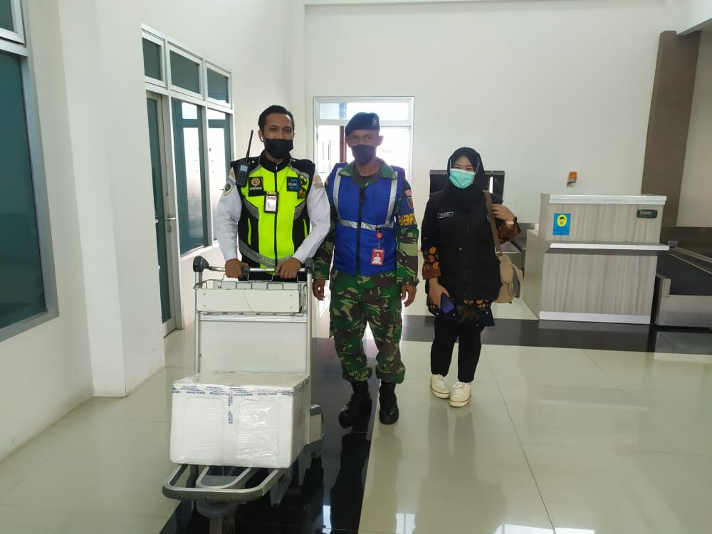 Babinpotdirga Lanud Raden Sadjad Natuna, Amankan Kedatangan Vaksin AstraZeneca