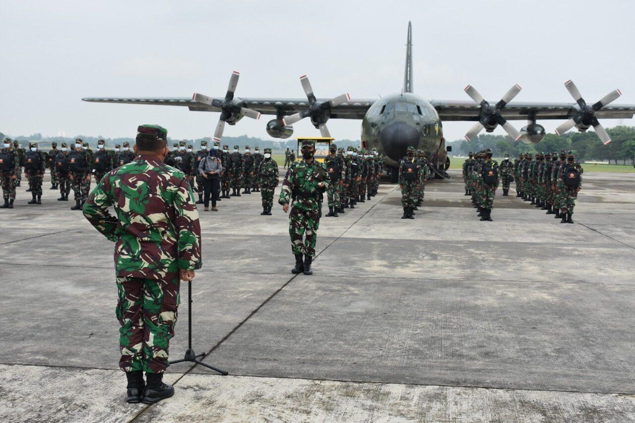 Dua Pesawat TNI AU C-130 Hercules, Terbangkan Nakes Bantu Pasien COVID-19 Jakarta