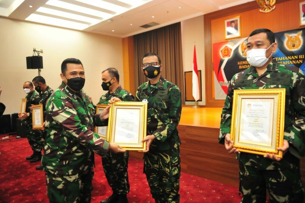 Lanud Sultan Hasanuddin Terima Penghargaan Pemenang BMN Kemhan-TNI Awards