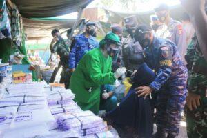 Tekan Penyebaran Covid -19 di Wilayah Kobar, Tim Gabungan Yustisi Lanud Iskandar Patroli Gabungan dan Swap Antigen