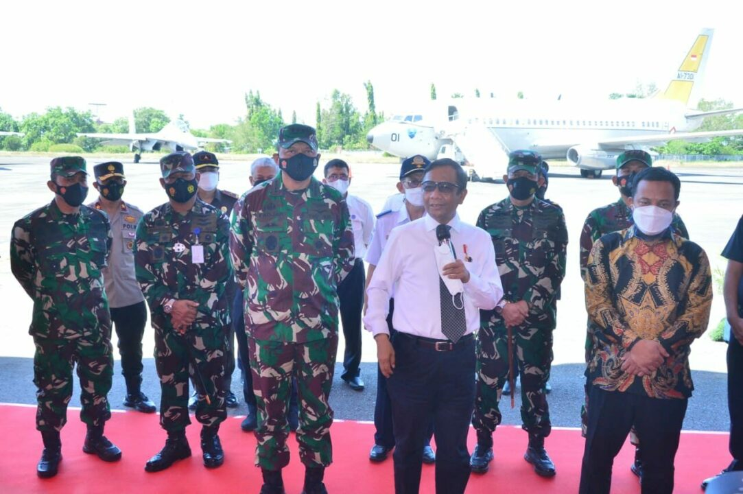 Perkuat Integrasi Antar Lembaga, Kasau dan Menkopolhukam Saksikan Simulasi Force Down di Lanud HND