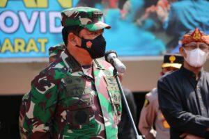 Panglima TNI dan Kapolri Tinjau Serbuan Vaksinasi Di GBLA Bandung