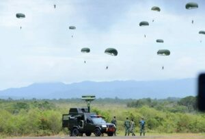 Latihan Antar Satuan Koopsau I Jalak Sakti dan Wing I Paskhas Hardha Marutha I di Pulau Belitung