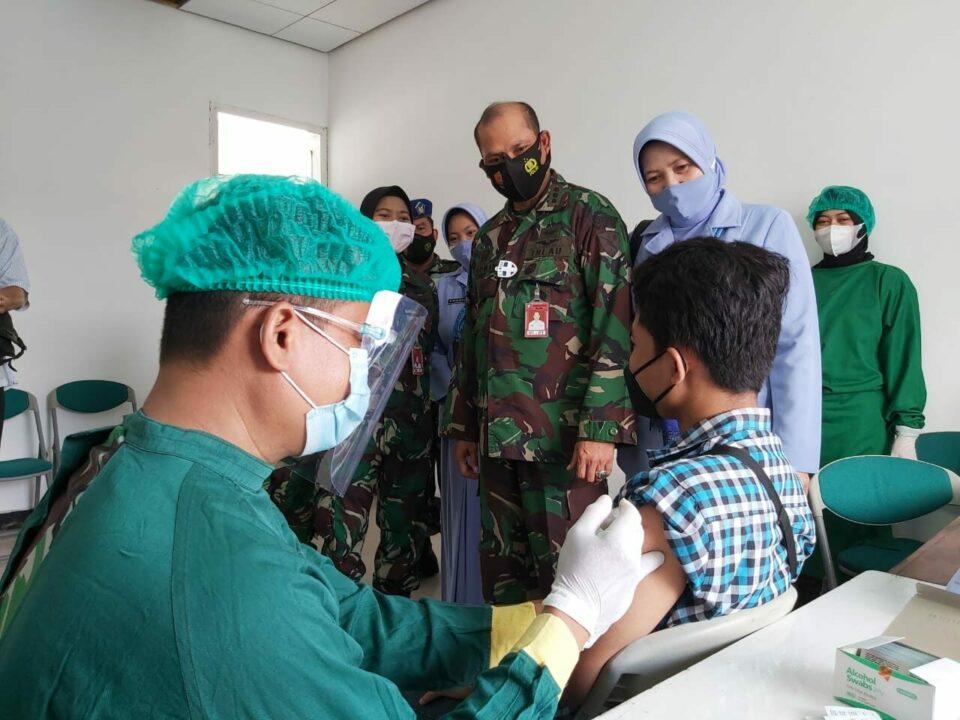 Giat Serbuan Vaksinasi TNI AU Lanud Muljono dalam rangka mendukung Percepatan Vaksinasi Covid 19