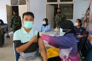 19. Antusias Masyarakat Mengikuti Program Vaksinasi 3