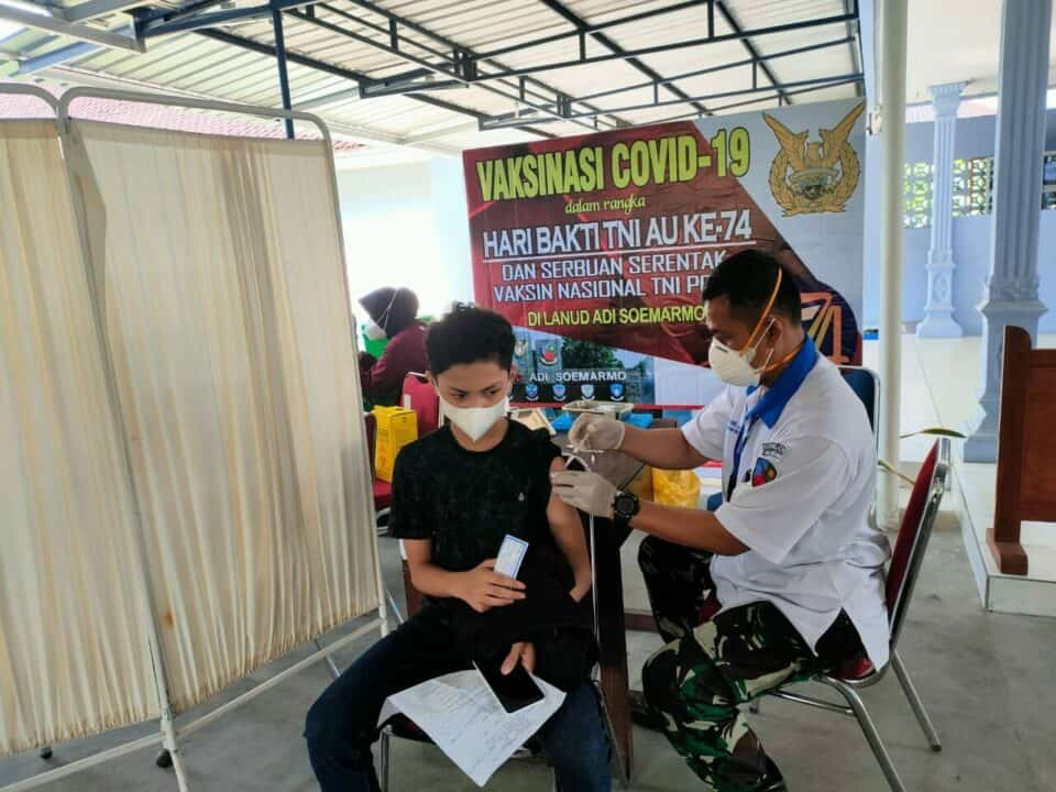 Foto Serbuan Vaksin Hari ke sembilan