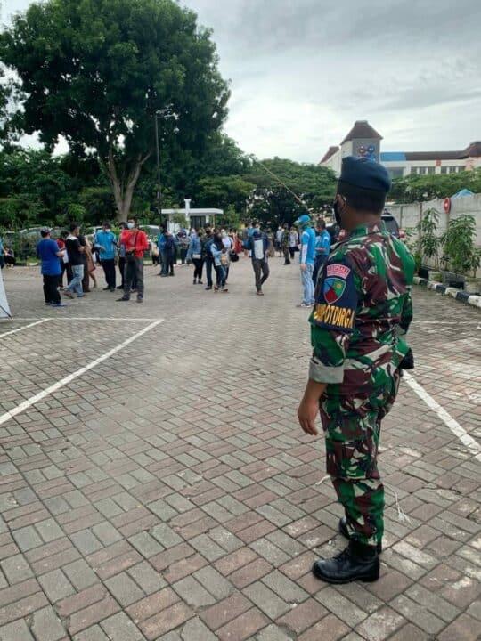 Serbuan Vaksinasi TNI AU. Ratusan Pelajar SMA Batam, Mendapat Vaksinasi COVID-19