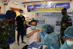 Masyarakat Lampung Antusias Ikuti Serbuan Vaksinasi Covid-19 Di Lanud Pangeran M. Bun Yamin
