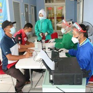 Serbuan Vaksin di Rumah Sakit TNI AU Sjamsudin Noor Kembali Diikuti Ratusan Peserta