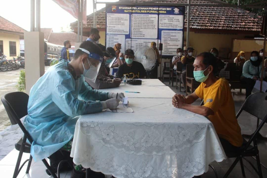 Seksi Kesehatan Lanud J.B. Soedirman Dukung Serbuan Vaksin di Polres Purbalingga