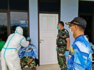 Personel Lanud Raden Sadjad Kembali Secara Rutin Laksanakan Tes Swab Covid-19 Massal