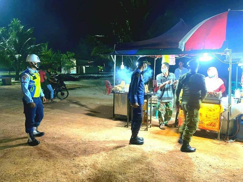Satpomau Lanud RSA Terus Dukung Operasi Yustisi PPKM Mikro Malam Hari di Natuna