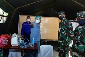 Kasau Tinjau Langsung Serbuan Vaksinasi di Wisma Aldiron