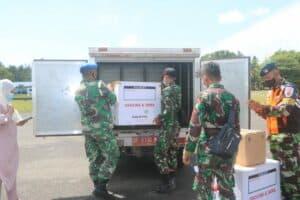Lanud RSA Dukung Pemkab Natuna Bawa Vaksin Covid 19 Menggunakan Pesawat TNI AU 2