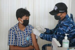Lanud Raden Sadjad Kembali Gelar Serbuan Vaksinasi Covid 19 di Bandara Raden Sadjad Natuna 8
