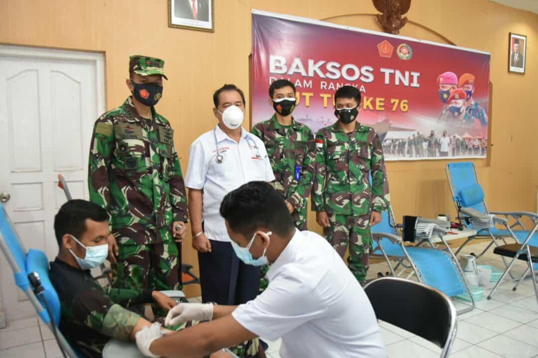 Dalam Rangka HUT ke 76 TNI Lanud Raja Haji Fisabilillah Menyelenggarakan Donor Darah