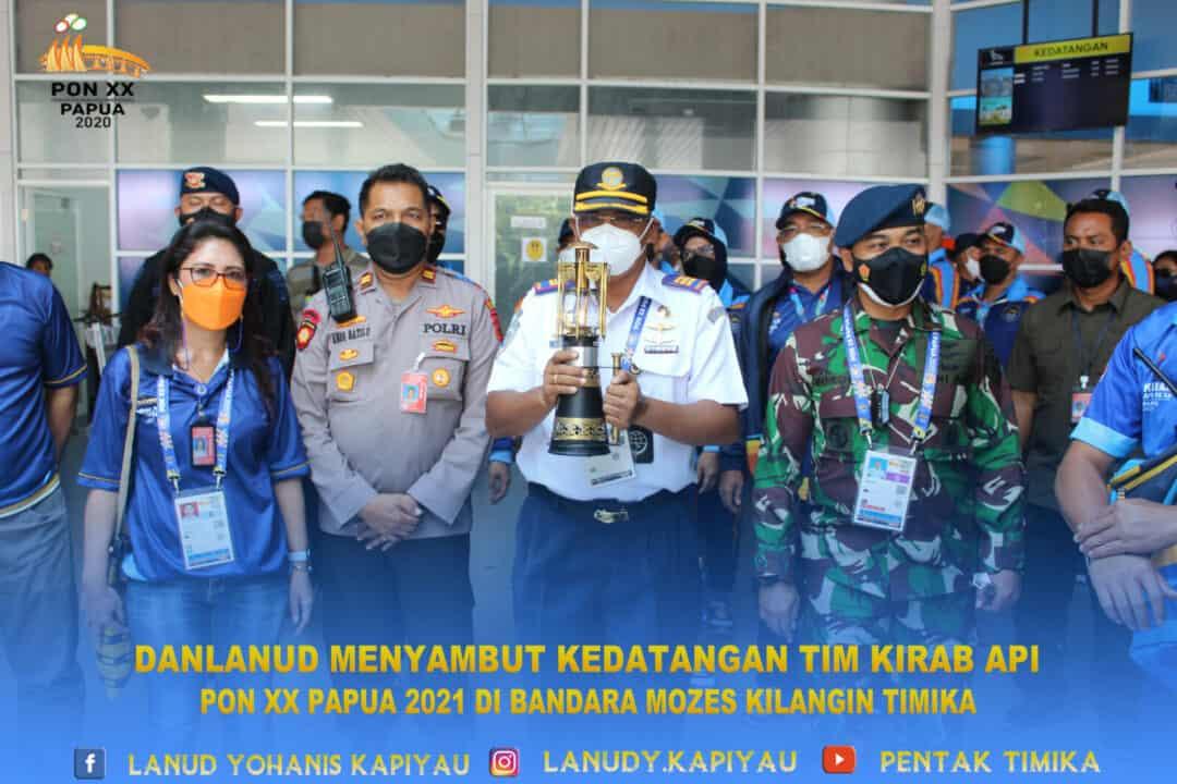 Danlanud menyambut kedatangan kirab api pon xx papua 2021