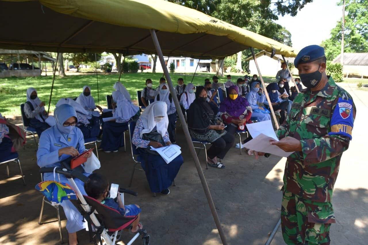 Hingga Kini, Masyarakat Lampung Masih Antusias Ikuti Vaksinasi di Lanud Pangeran M. Bun Yamin