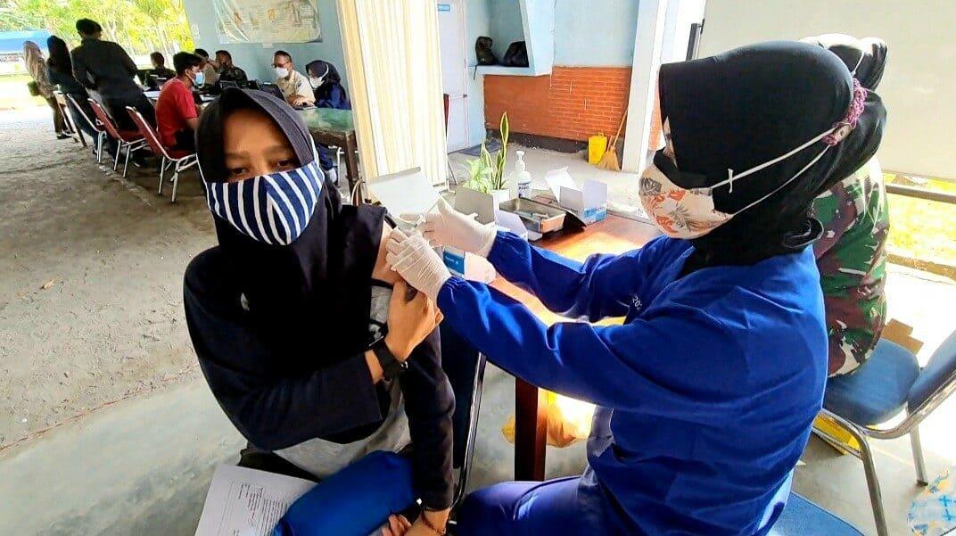 Foto vaksin tgl 25 oktober 2021