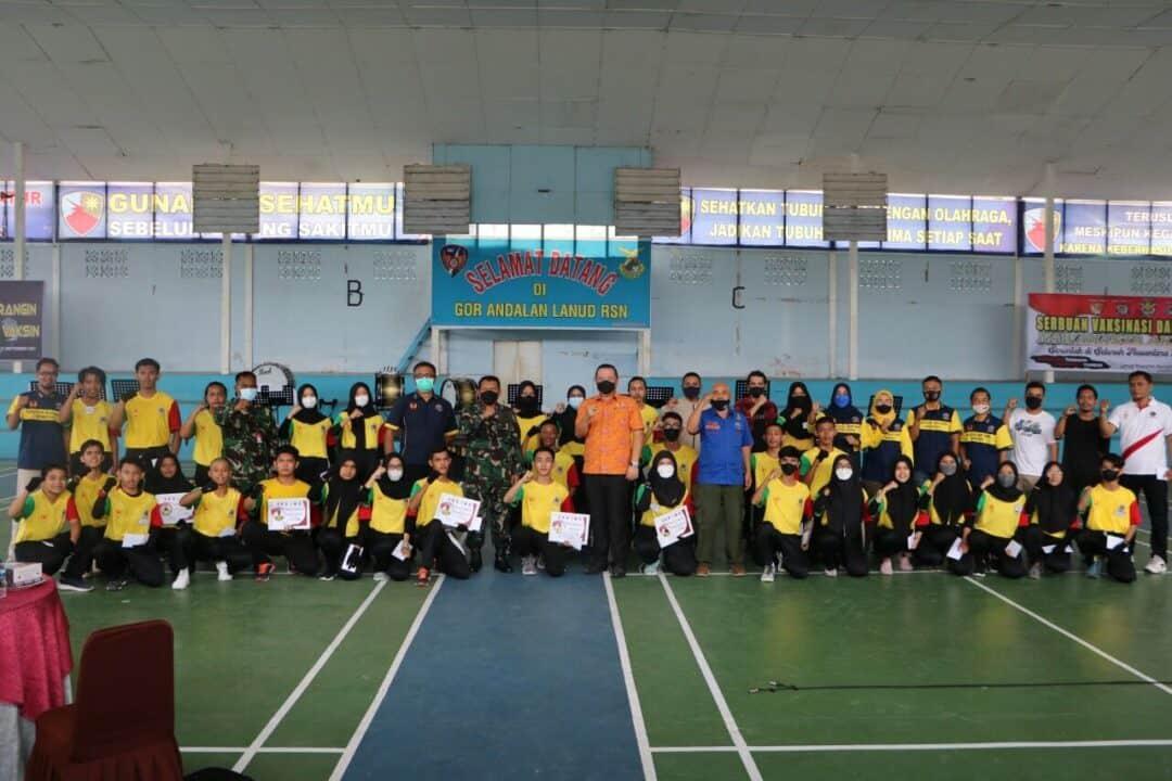 Danlanud RSN Selaku Ketua PDBI Riau Berikan Apresiasi Kepada Atlet Pelatih Drum Band Riau Berprestasi
