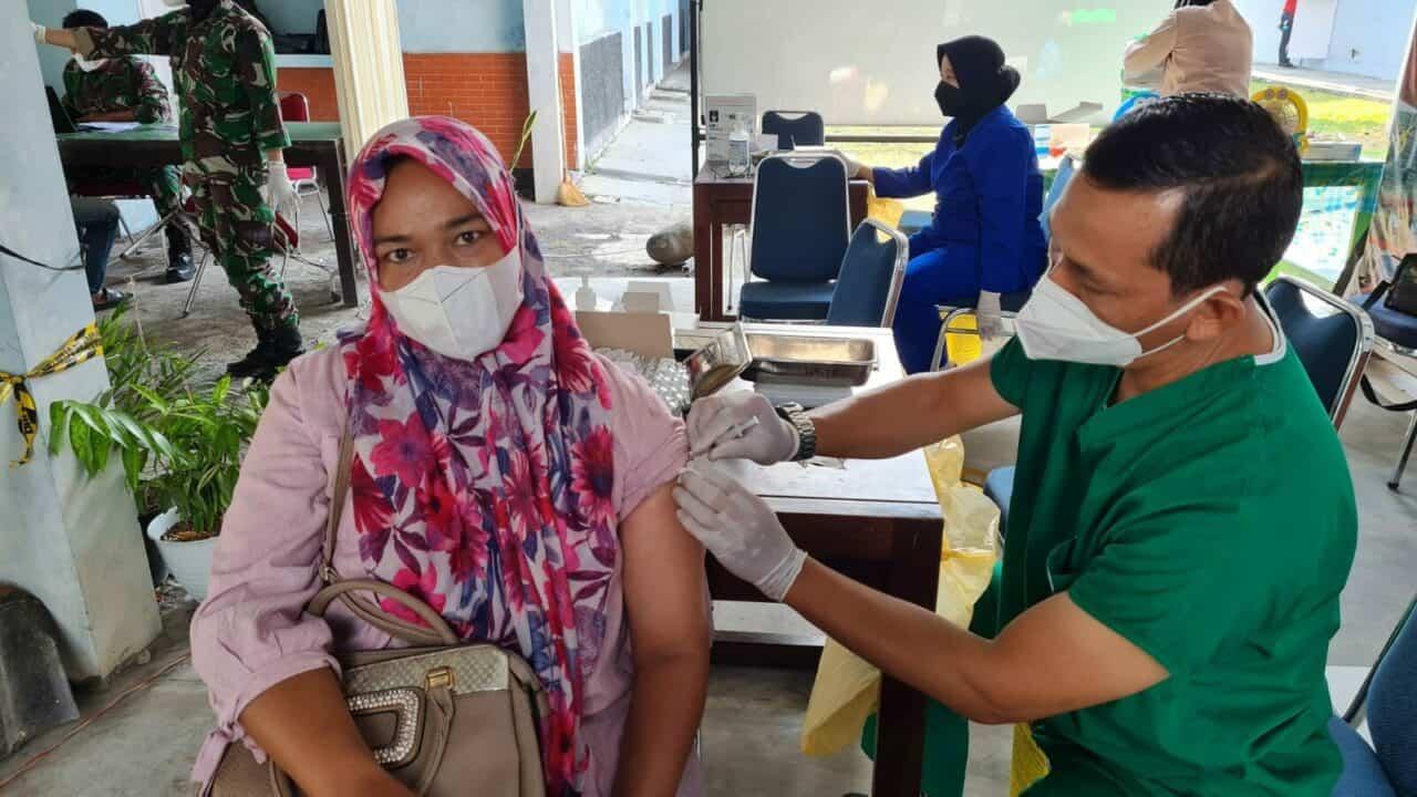 foto vaksin tgl 18 oktober